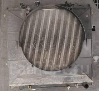 Радиатор охлаждения двигателя. Toyota Hilux Surf, KZN185W Двигатель 1KZTE