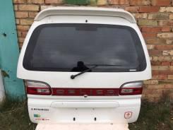 Дверь багажника. Mitsubishi Delica, PE8W, PD6W, PF8W, PF6W Двигатели: 6G72, 4M40