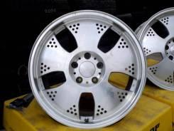 RAYS VOLK RACING. 8.5x18, 5x114.30, ET45, ЦО 73,0мм.