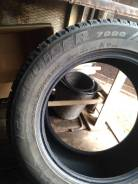 Bridgestone LC7000. Зимние, шипованные, 2014 год, износ: 50%, 4 шт
