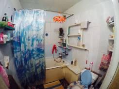 4-комнатная, проспект Мира 14. Хабаровский край, агентство, 59 кв.м. Сан. узел
