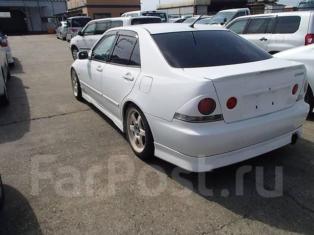 Накладка на стоп-сигнал. Lexus IS300, GXE10 Lexus IS200, GXE10