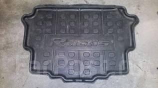 Коврик. Toyota Ractis