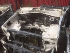 Рамка радиатора. Lexus LX470