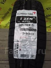 Kumho I'Zen KW22. Зимние, без шипов, 2016 год, без износа, 4 шт