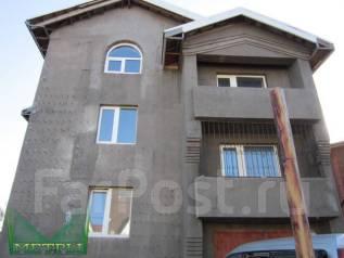 Дом с участком 20 соток в районе Седанки. Переулок Радарный 1, р-н Седанка, площадь дома 296 кв.м., централизованный водопровод, электричество 20 кВт...