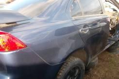 Задняя правая дверь на Mitsubishi Lancer 08г