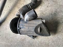 Корпус воздушного фильтра. Mazda Bongo Friendee, SGLR