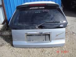Дверь багажника. Mitsubishi Chariot Grandis, N94W