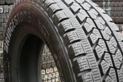 Bridgestone Blizzak W979. Всесезонные, 2016 год, износ: 5%, 1 шт
