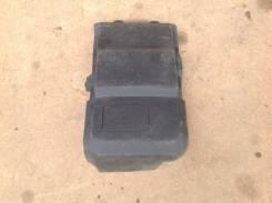 Крышка аккумулятора. Ford Focus, CAP, CB4 Ford C-MAX, CAP