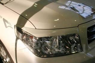 Накладка на фару. Toyota Land Cruiser, UZJ200W, GRJ200, VDJ200, J200, UZJ200, URJ200, URJ202W Двигатели: 2UZFE, 1GRFE, 1VDFTV, 3URFE, 1URFE