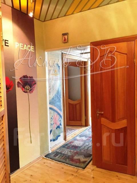 2-комнатная, улица Мусоргского 15ж. Седанка, проверенное агентство, 38 кв.м. Прихожая