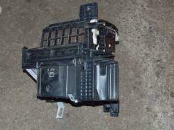 Корпус моторчика печки. Mazda MPV, LW3W, LW5W, LWEW, LWFW Двигатели: FS, FSDE