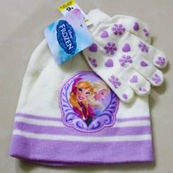 Шапка и перчатки.