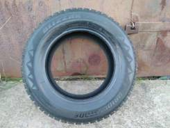Bridgestone Blizzak Spike-01. Зимние, шипованные, 2013 год, износ: 5%, 4 шт