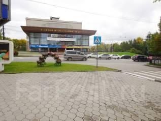 2-комнатная, улица Петра Комарова 2. Центральный, агентство, 54 кв.м.