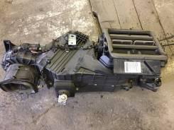 Корпус отопителя. Audi Q7