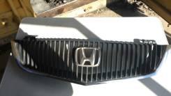 Решетка радиатора. Honda Inspire, UA5