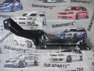 Крепление рулевой рейки. Suzuki SX4, YC11S, YB11S, YB41S, YA11S, YA41S Двигатель M15A