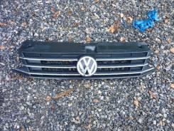 Решетка радиатора. Volkswagen Polo, 602, 6R1, 612 Двигатели: CFW, CJZD, CTHE, CLSA, CFNA, CUSB, CWVA, CDLJ, CBZB, CAYC, CZEA, CGPA, CZCA, DAJA, CHYB...
