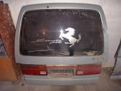 Дверь багажника. Nissan Caravan