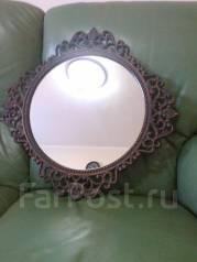 Зеркало, прошлый век в металлической раме. Оригинал