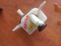 Бачок для тормозной жидкости. Nissan Serena, C25, SC25 Suzuki Landy, SC25 Двигатели: MR20DE, MR20