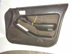 Обшивка двери Toyota Vista VS 32 правая передняя