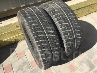 Bridgestone Blizzak Revo2. Зимние, без шипов, износ: 50%, 2 шт