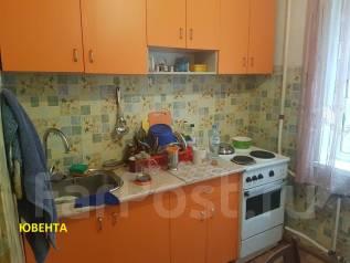 2-комнатная, улица Баляева 40. Баляева, агентство, 47кв.м. Кухня