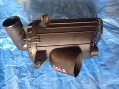 Корпус воздушного фильтра. Mazda Bongo Friendee, SG5W, SGE3, SGEW, SGL3, SGL5, SGLR, SGLW Двигатель WLT