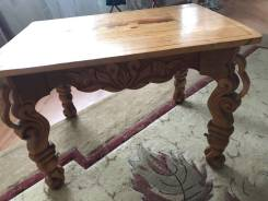 Деревянный стол ручной работы