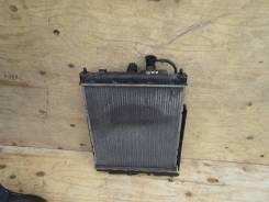 Радиатор охлаждения двигателя. Nissan Cube, AZ10 Двигатель CGA3DE