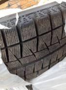 Bridgestone Blizzak Revo GZ. Зимние, без шипов, 2012 год, износ: 30%, 2 шт