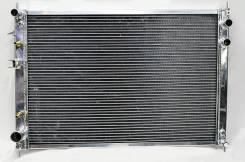 Радиатор охлаждения двигателя. Subaru Tribeca