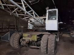Юрмаш Юргинец КС-4361А. Кран на пневмоходу, 10 000 куб. см., 16 000 кг., 10 м.