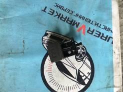 Ручка открывания капота. Toyota Mark II, GX90, JZX90, LX90, SX90 Toyota Cresta, GX90, JZX90, LX90, SX90 Toyota Chaser, GX90, JZX90, LX90, SX90