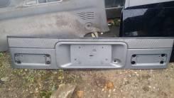 Накладка на дверь багажника. Mazda Bongo Friendee, SGLR