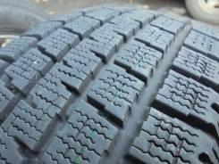 Pirelli Winter Ice Storm. Зимние, без шипов, 2008 год, износ: 10%, 2 шт
