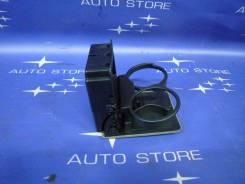 Подстаканник. Subaru Forester, SG, SG5, SG6, SG69, SG9, SG9L Двигатели: EJ20, EJ201, EJ202, EJ203, EJ204, EJ205, EJ20A, EJ20E, EJ20G, EJ20J, EJ25, EJ2...