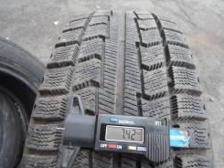Bridgestone ST10. Зимние, без шипов, 2005 год, износ: 5%, 1 шт