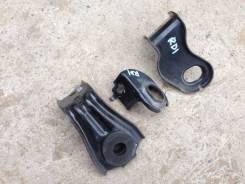 Крепление радиатора. Honda Jazz Honda Fit, LA-GD2, LA-GD1, LA-GD3, LA-GD4, UA-GD1 Двигатели: L13A2, L13A5, L15A1, L12A1, L13A1