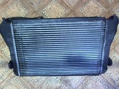 Радиатор интеркулера Volkswagen Touran 2003-2006