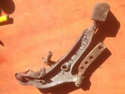 Рычаг подвески. Nissan Liberty, RM12, RNM12 Двигатель QR20DE