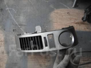 Решетка вентиляционная. Toyota Prius, NHW20 Двигатель 1NZFXE