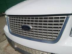 Решетка радиатора Ford Expedition 2 03-06 г.г.