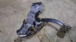Концевик под педаль тормоза. Subaru Forester, SG5 Двигатель EJ205