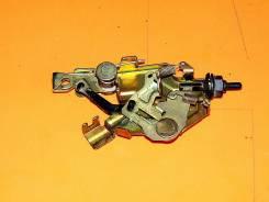 Замок топливного бака. Mazda MPV, LWEW Двигатели: FS, FSDE