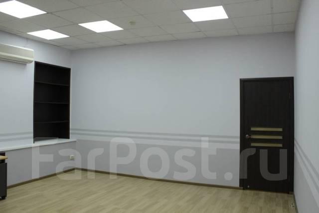 Продам офисное здание и земельный участок в Находке. Улица Кольцевая 68, р-н Ленинская, 876кв.м.
